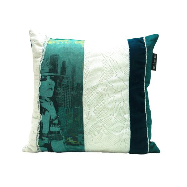 turquoise brocante vintage kussen voorkant